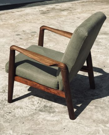 Chairs, Stools And Benches
